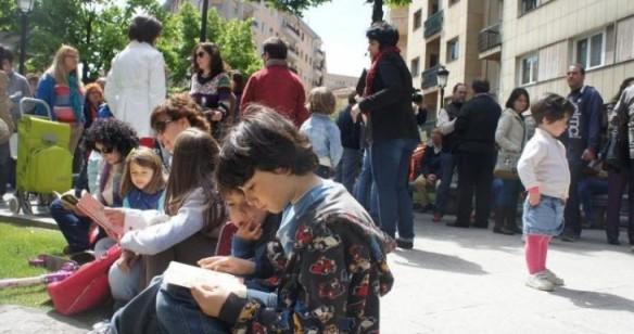 Anterior quedada lectora en la plaza de la Fuente