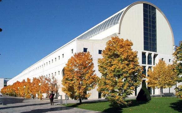 Biblioteca de la Universidad Pública de Navarra (UPNA).. archivo diariodenavarra.es