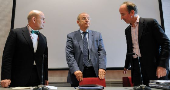 Fernando Villalonga (izquierda) como presidente de Madrid Destino, y su 'número dos', Timothy Chapman. Fuente El País